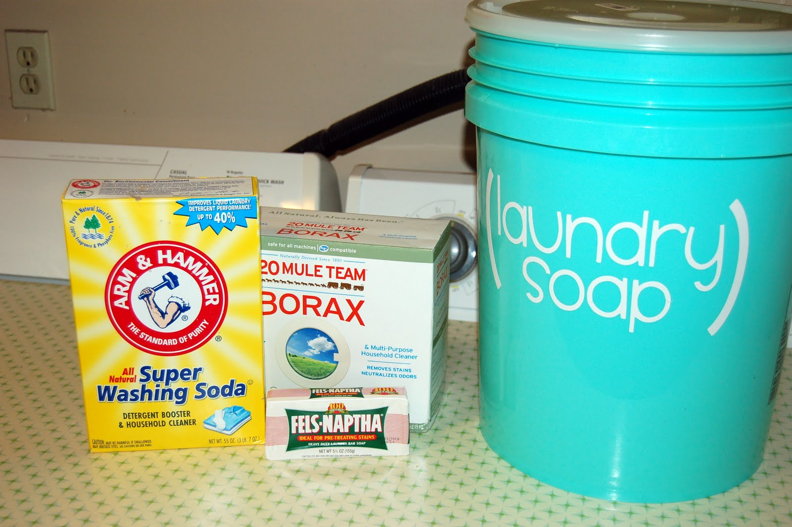 How to Make DIY Laundry Detergent at Home